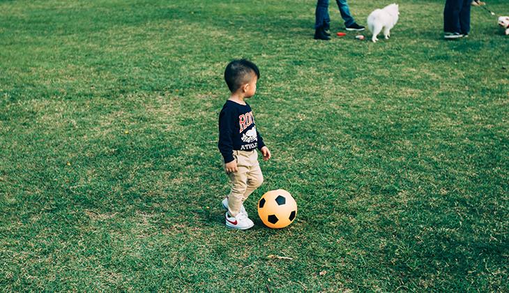 Sermones jugando al fútbol